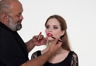 Curso de Maquillaje con Lewis Amarante